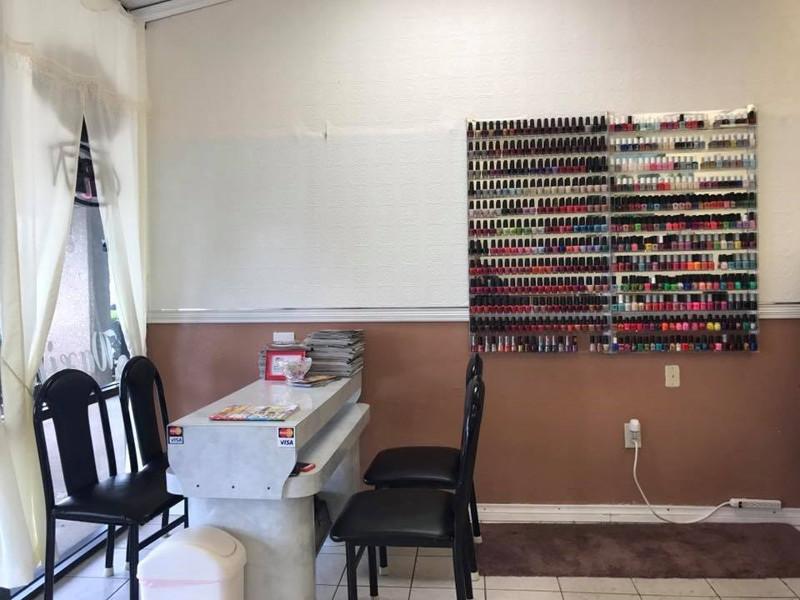 Picture of Cần Bán Nail Shop ở Dallas, TX. Khu Old Town. Income/tháng: $13,000