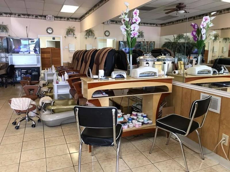 Ảnh của Cần Bán Nail Shop ở North Richland Hills, TX. Khu Meadowcrest. Income/tháng: $14,000