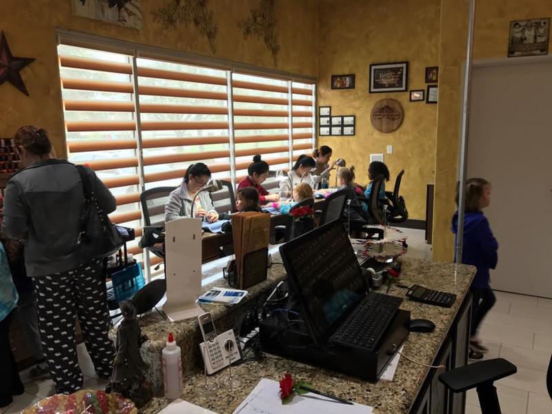 Picture of Cần sang tiệm nails đẹp ở McKinney TX . Income/month: $60,000/tháng
